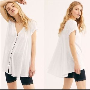 Highland V Neck Linen Blend Short Sleeve TShirt